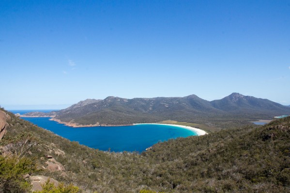 hiking wineglass bay